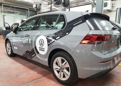 véhicule avec marquage adhésif publicitaire covering conçu par dullac à Toulon dans le var